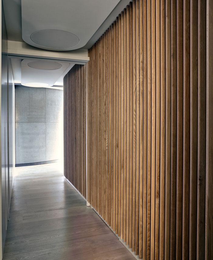 warmth-white-oak-fin-wall-floor-cladding