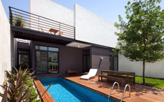 narrow rectangular swimming pool 338x212