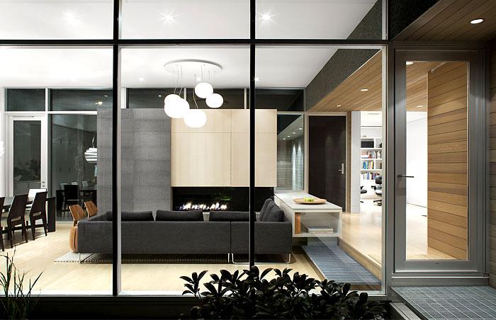 canadian-holiday-house-ground-floor-premises