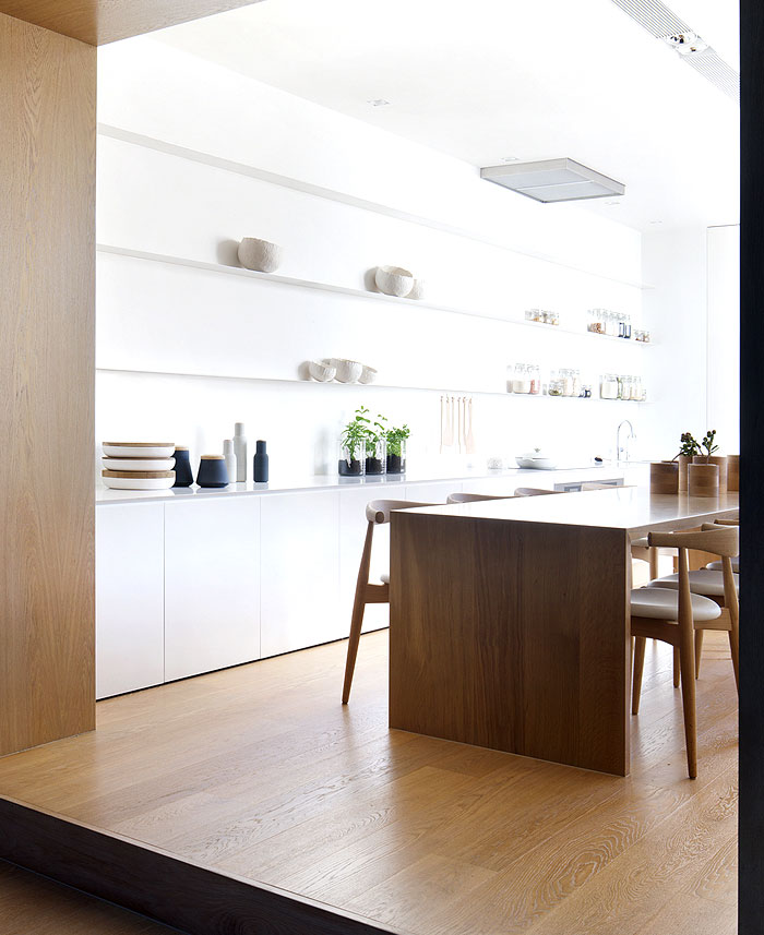 delicate-light-dining-space