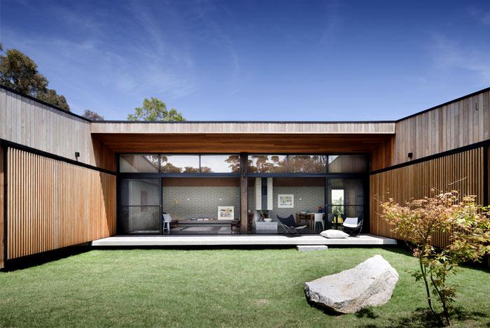 single-dwelling-courtyard