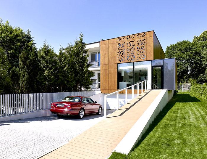 wooden-plate-facade