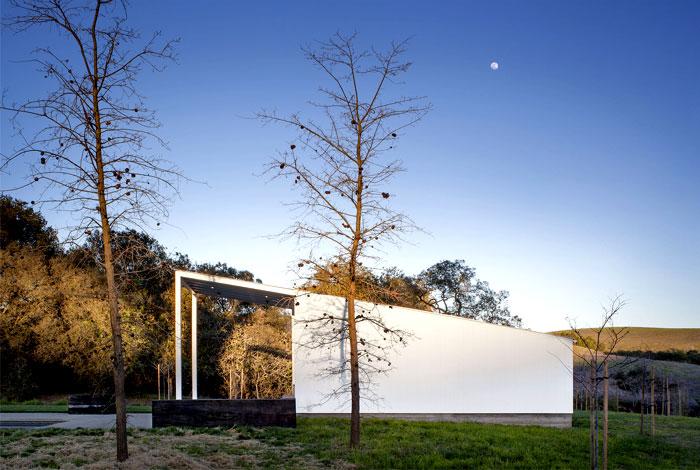 glass barn house 2