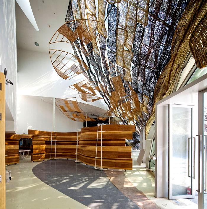 interior-view-spanish-pavilion-1