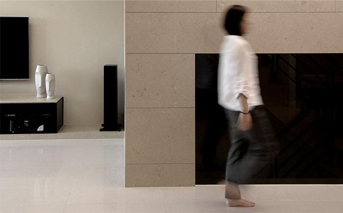 renovation-shi-house-living-room-1