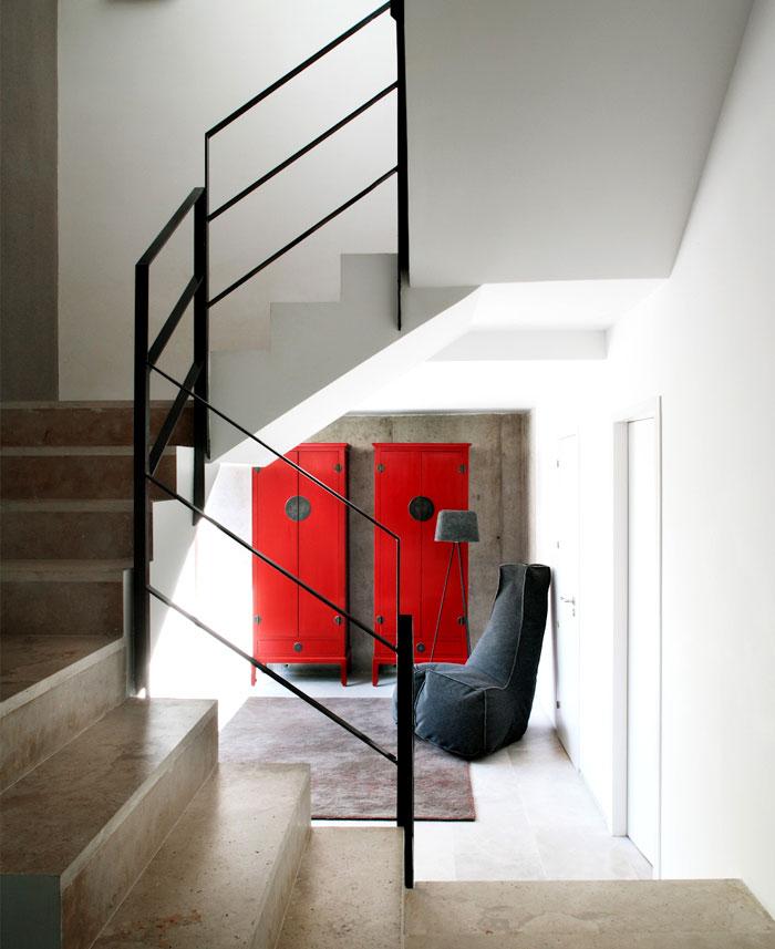 casa-cambrils-staircase