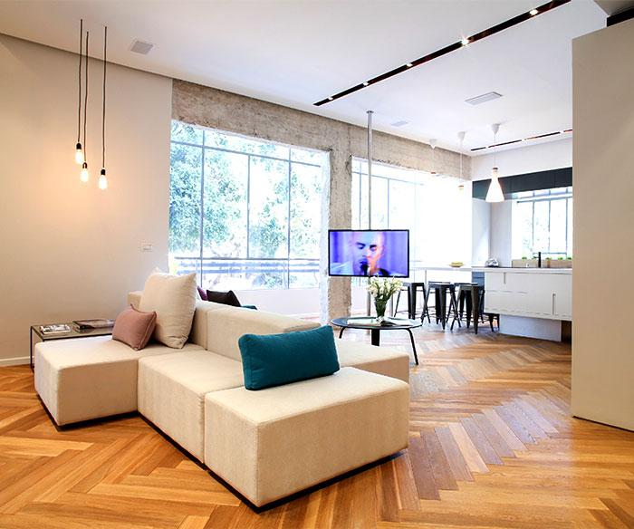 dynamic-very-trendy-art-home-13