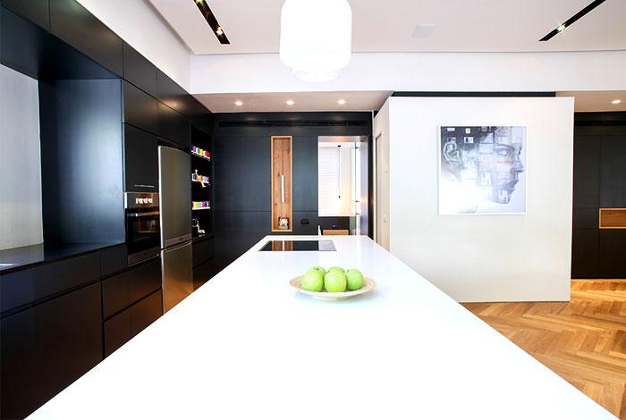 dynamic-very-trendy-art-home-9