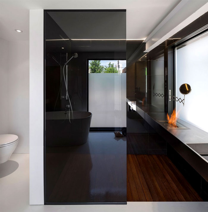 elegant-bathroom-interior