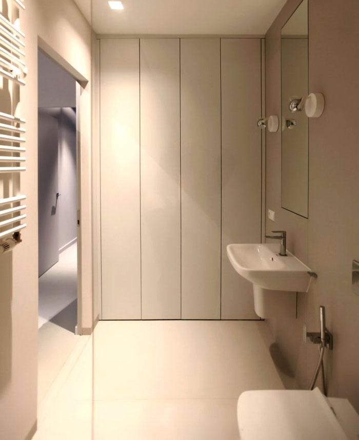 pure-white-interior-bathroom