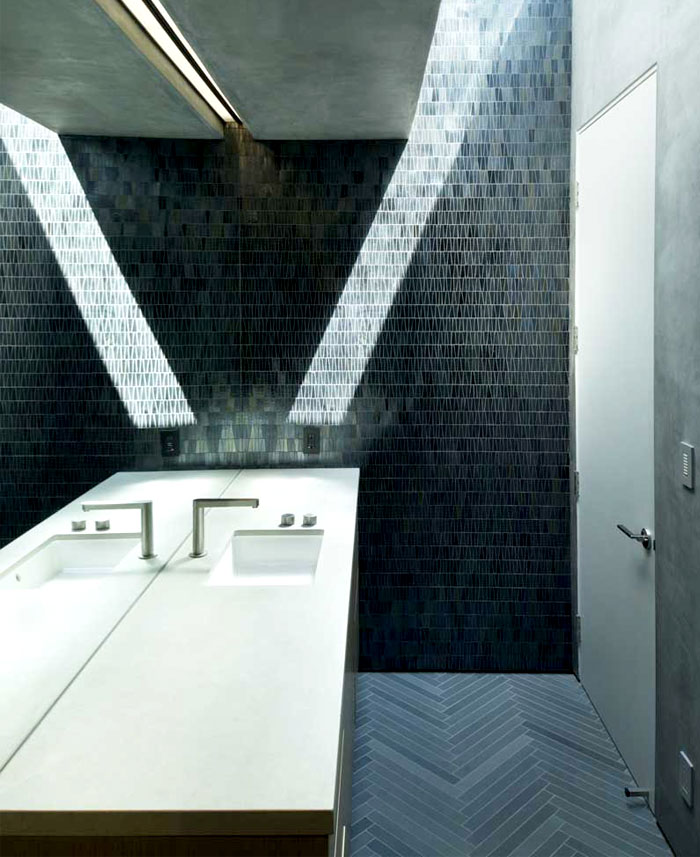 two-bedroom-guest-house-bathroom