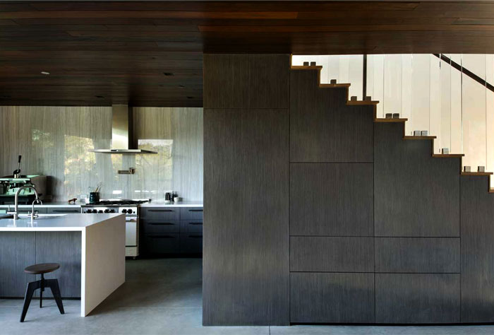 two-bedroom-guest-house-kitchen