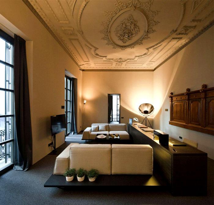 caro-hotel-social-area