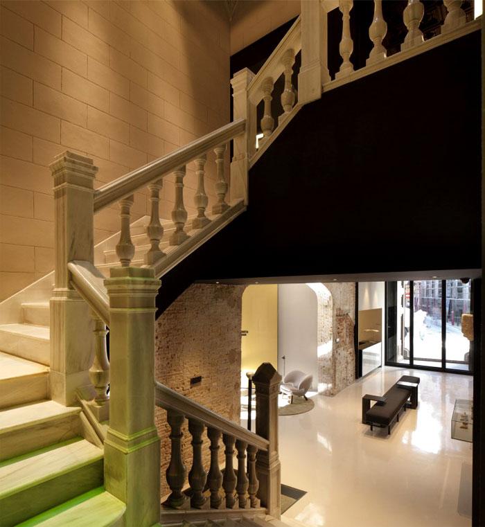 history-decor-caro-hotel