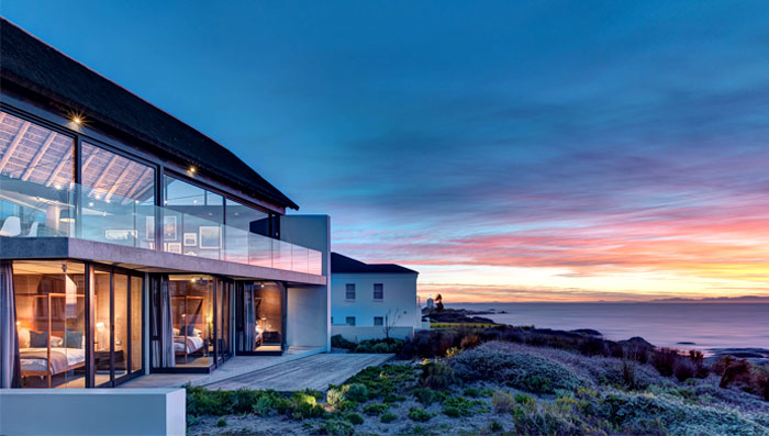 l-shaped-holiday-house