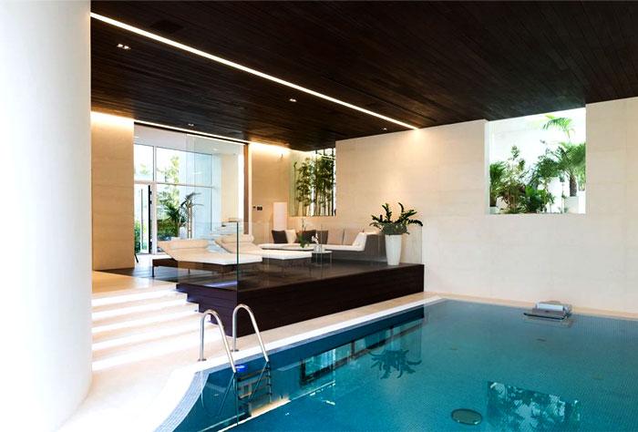 russian-villa-pool-area