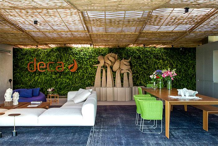 tropical-pavilion-green-wall