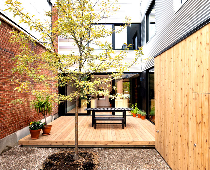 contemporary family home montreal