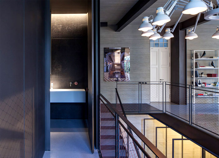 double-height-stairwell