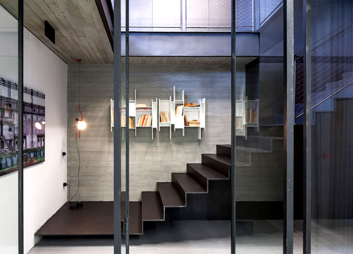 palette-exposed-concrete-glass-steel