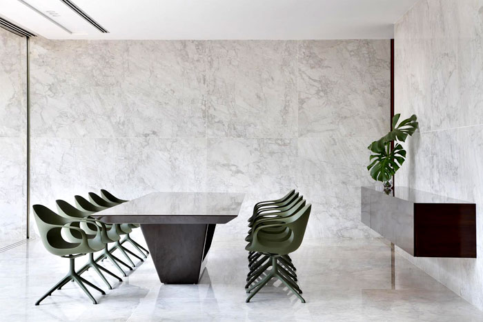 guilherme-torres-an-house-dining-area
