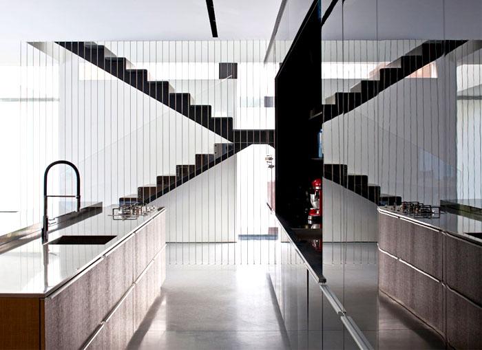 kitchen-stylish-black-gray-base