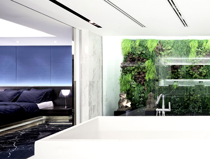 penthouse-interior-green-wall