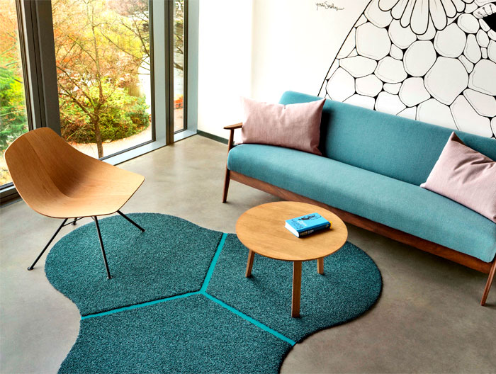 rounded-curved-triangle-rug
