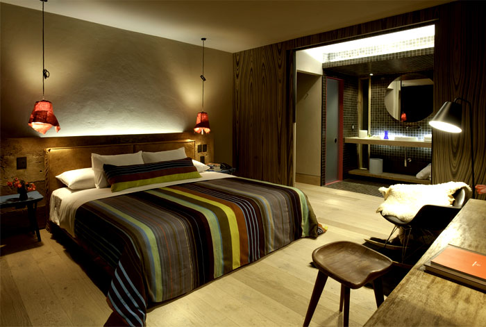hotel-interior-local-textile -clever-lighting-space-arranging-1