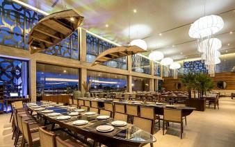 nau restaurant jellyfish lamps 1 338x212