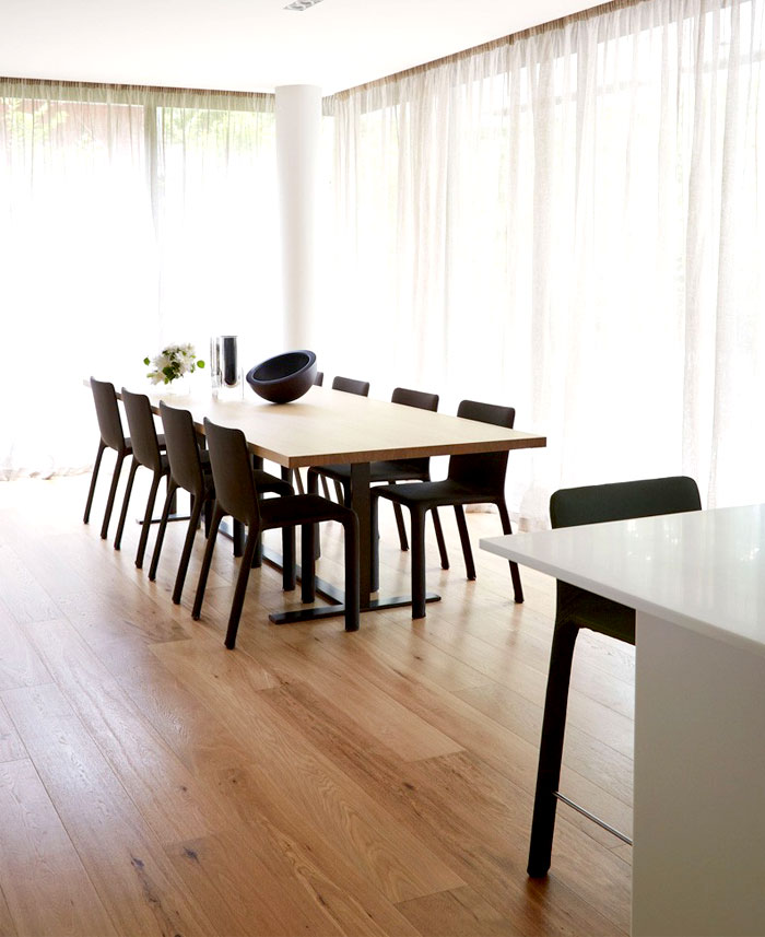 white, gray and beige-dining-room-decor