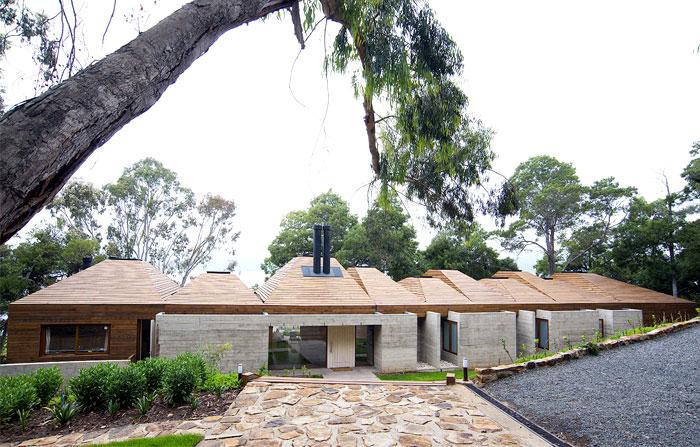 concrete facade villa