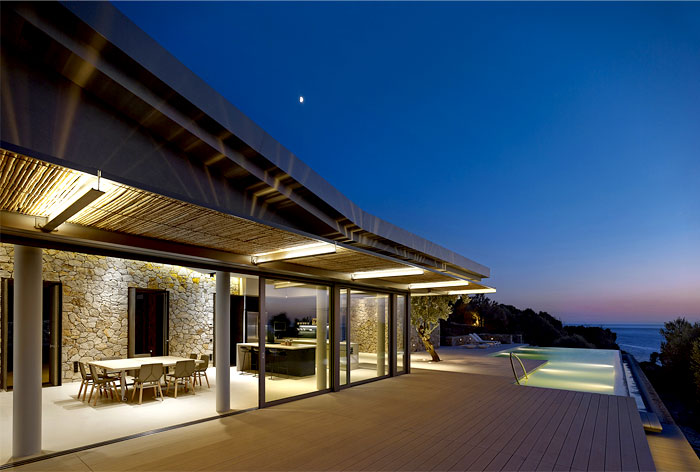 greek-island-mansion