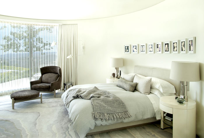 luxurious-full-light-bedroom-interior-1