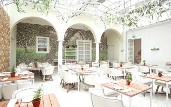 restaurant interior 338x212