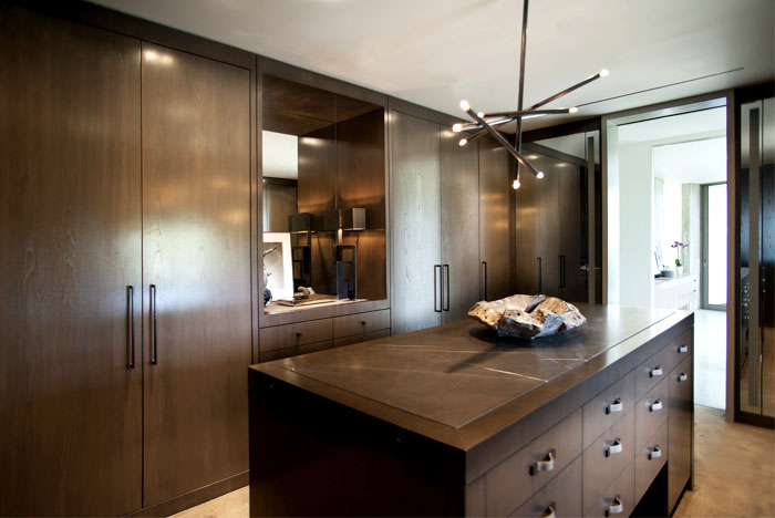 warm-wooden-functionality-kitchen