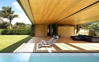 welcoming sunny villa 11 338x212