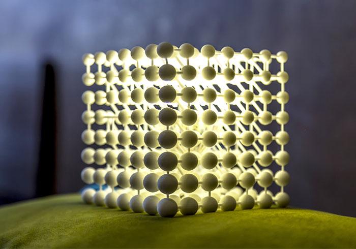 3d-printed-cubic-light-3