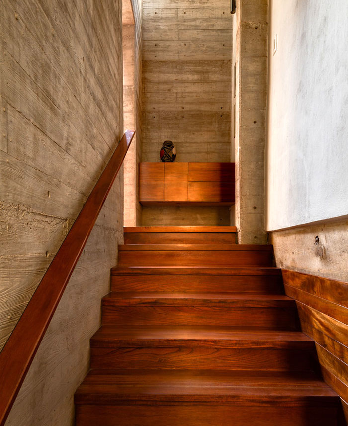 innovative contemporary house urban center 13