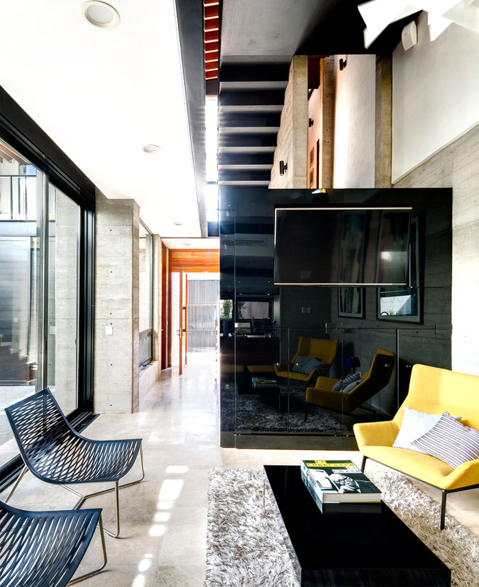 innovative contemporary house urban center 14