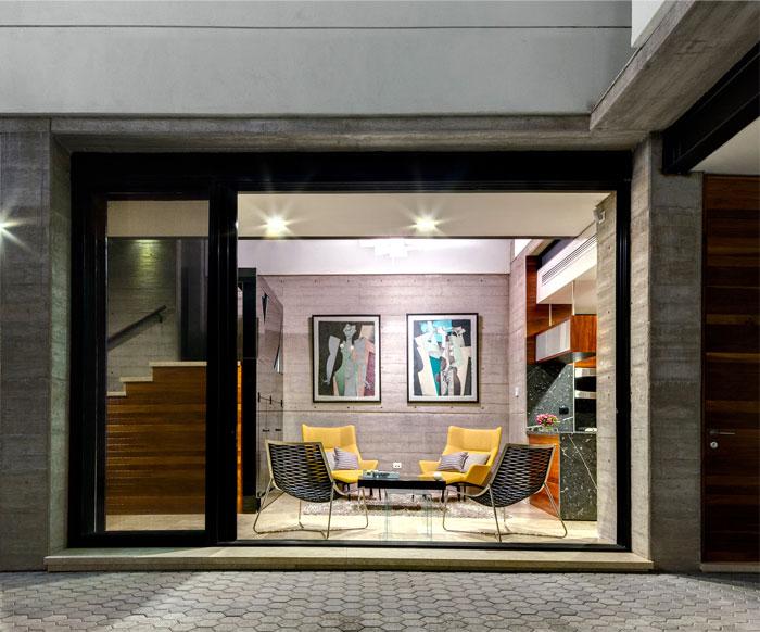 innovative contemporary house urban center 5