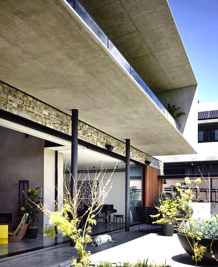 contemporary concrete house melbourne 1