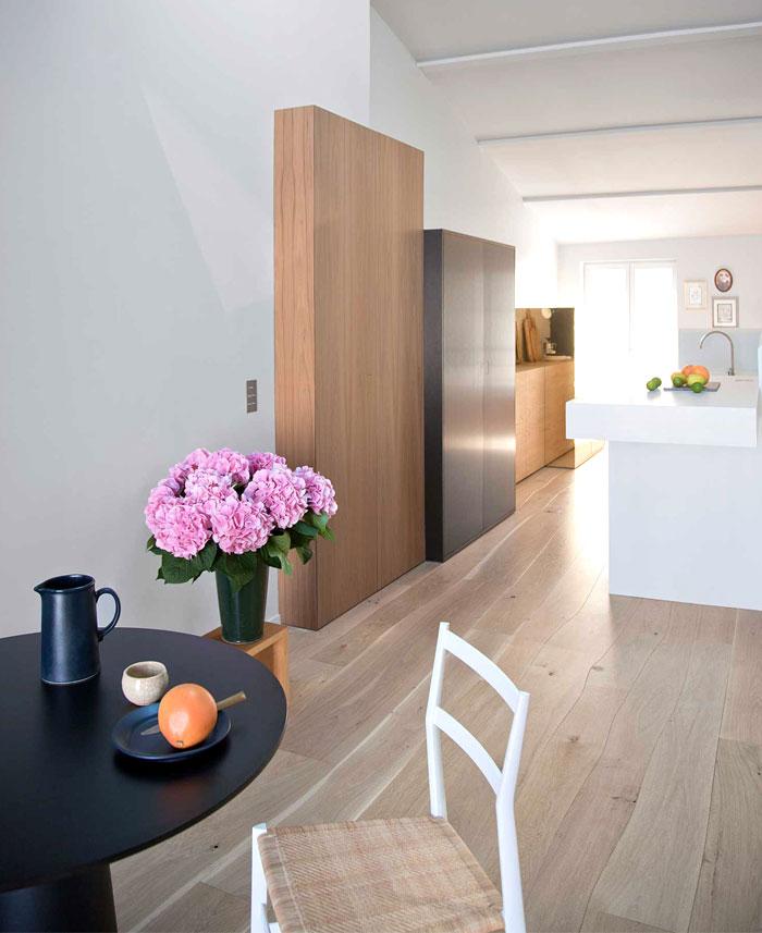 stylish-studio-apartment-paris-1