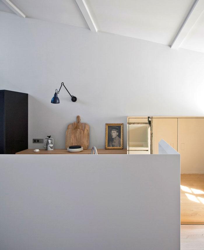 stylish-studio-apartment-paris-3
