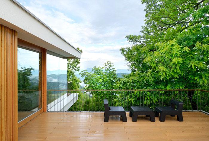 multiplan-architects-elegant-house-modern-life-serenity-nature-11