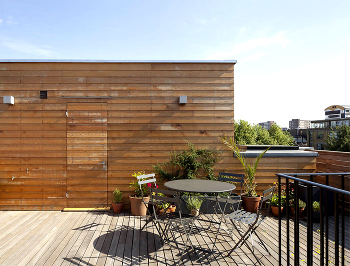roof-terrace-natural-wooden-cladding-house-4