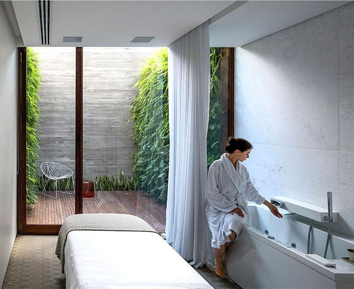 urban oasis spa 8
