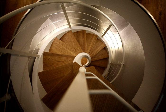 rizzi spiral staircase 2
