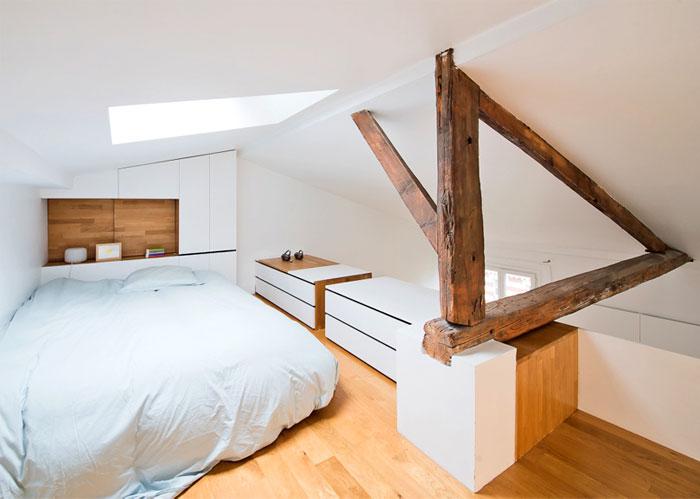 small space parisian apartment 4