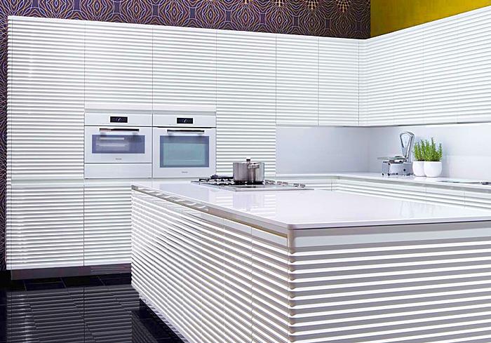 complete-white-kitchen-allmilmoe